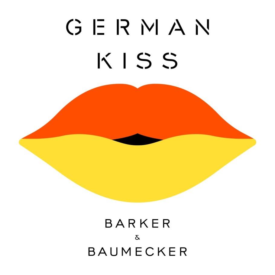 annie_german_kiss